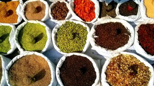 color indian spices