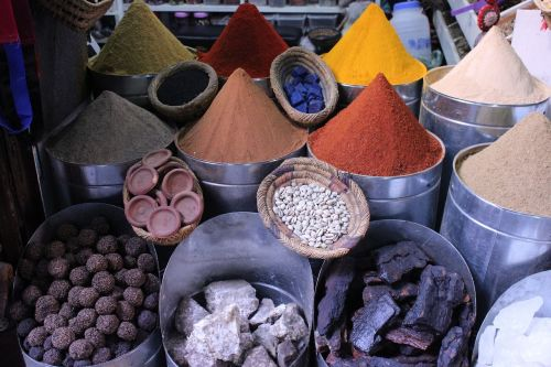 color spices stones