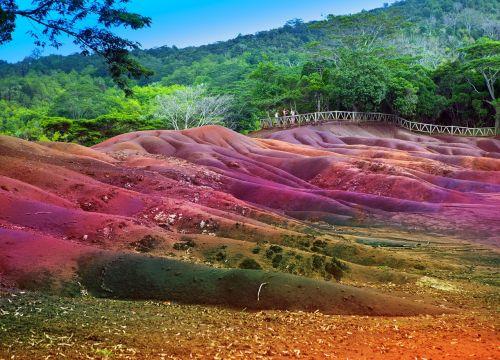 color sands chamarel