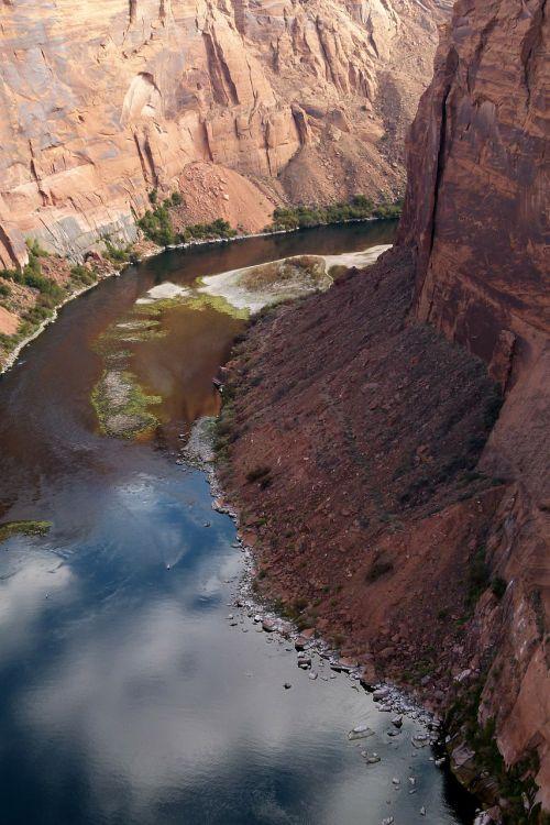colorado river glen canyon tourist attraction