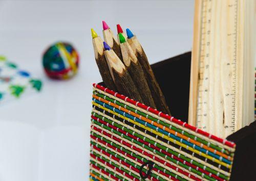 colored pencils colors coloured pencils