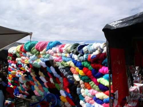 colors wool market