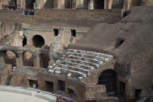 coloseum rome amphitheater