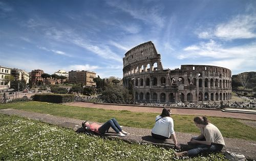 colosseum holidays ancient