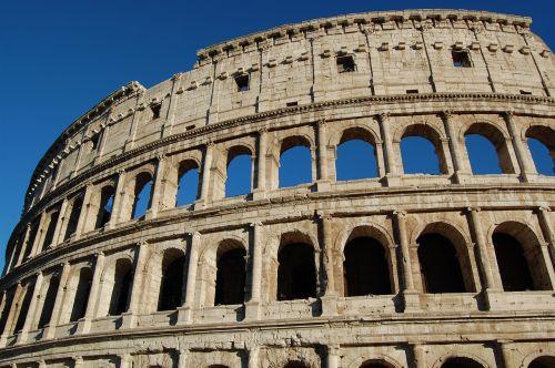 colosseum monuments ancient rome