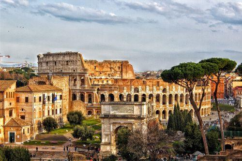colosseum rome city