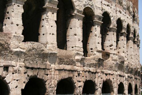 colosseum roman italy