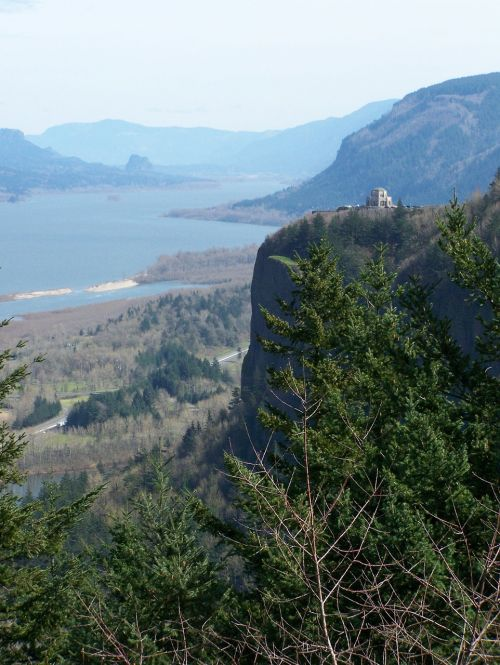 columbia gorge river gorge