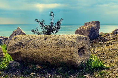 column ruins cyprus