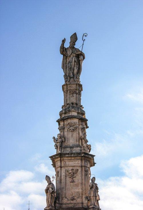 column  baroque  statue