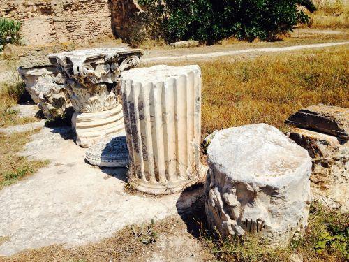 columnar stones ruins