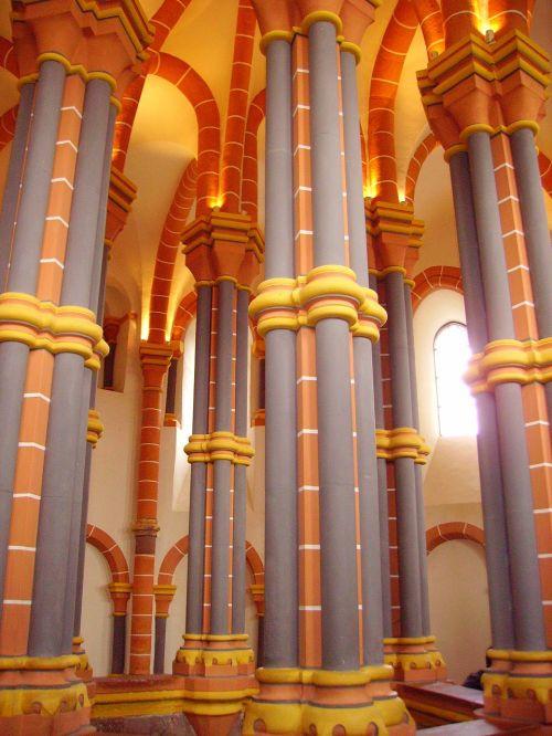 columnar chapel castle