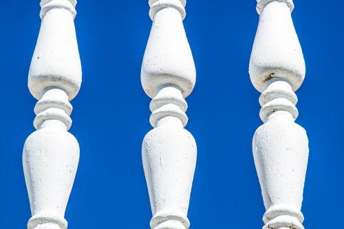 columns sky white columns