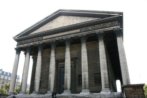 columns church madeleine