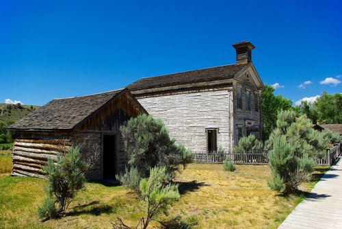 combined lodge and schoolhouse  montana  bannack
