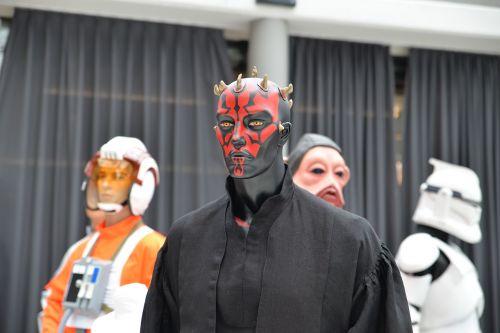 comiccon star wars darth maul