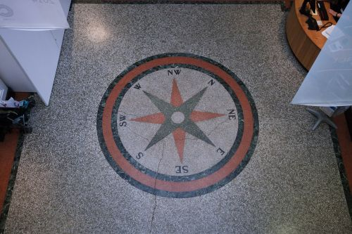 compass points of the compass estrazzo