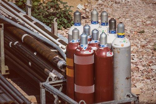 compressed air bottle  gas bottle  site
