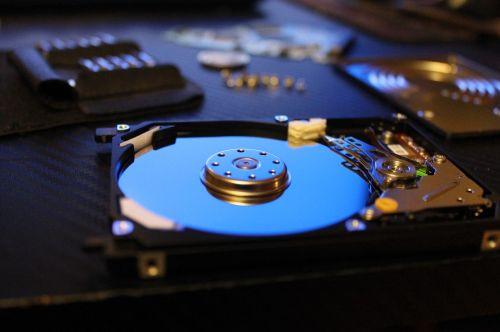 computer disk handsomely