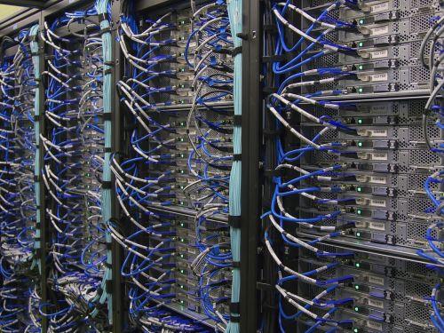 computer server mainframe computer