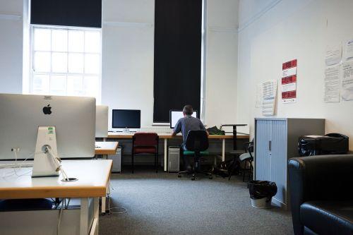 computer room computer screens