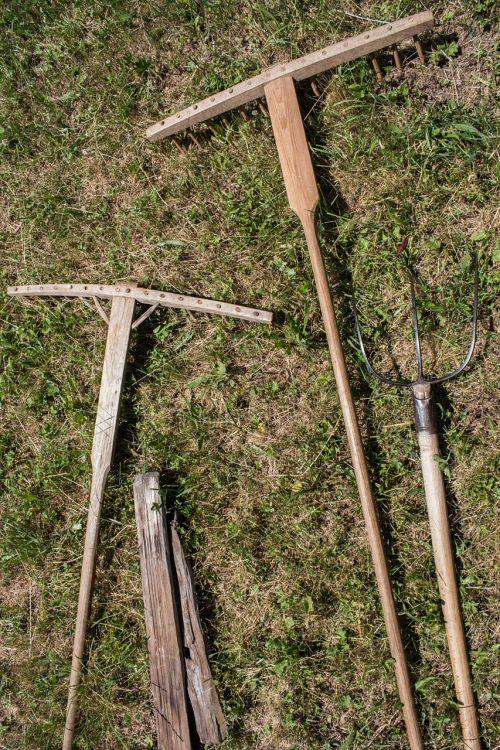 computing wood processing hay rake