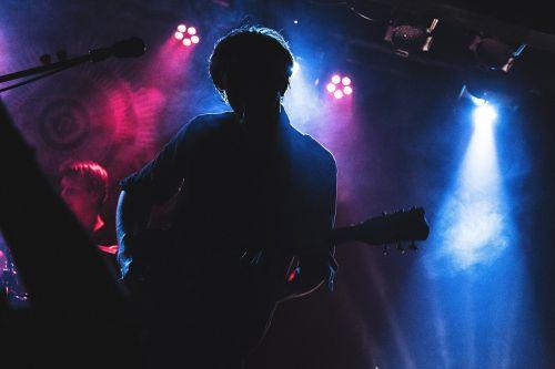 concert colors guitarist