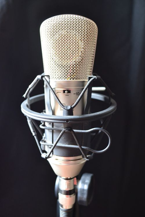 condenser microphone estudio music
