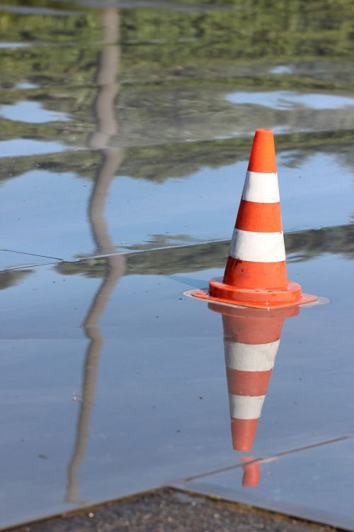 cone slippery wet
