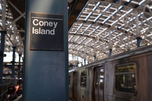 coney island subway mrt