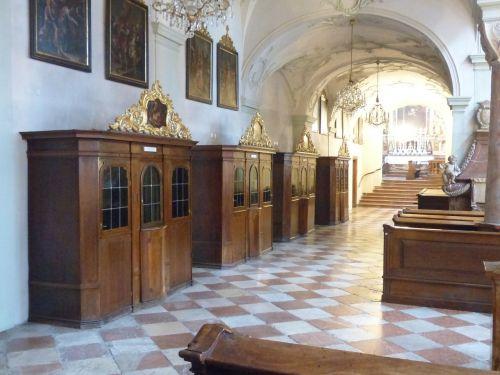 konfesinis,prispaudimas,katalikų bažnyčia,tikėk,atleidimas,atgailos sakramentas,baldiniai daiktai,koleginė bažnyčia St Peteris,salzburg,Romos katalikų,vienuolyno bažnyčia,stift st peter,austria