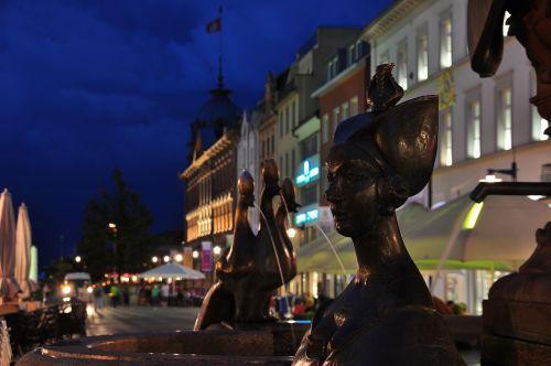 constance market fountain