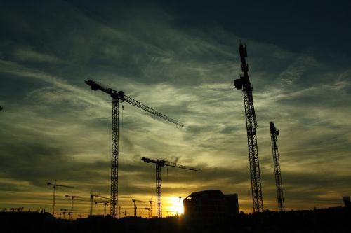 construction cranes constructing