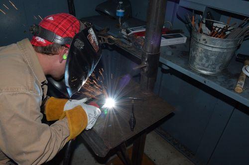 construction trade metal cutting craftsman