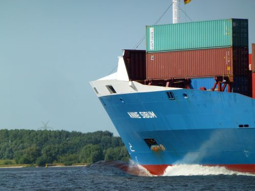 container ship transport