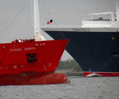 container cargo maritime