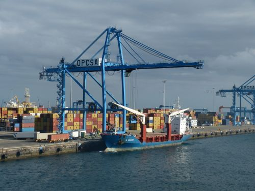 container port water