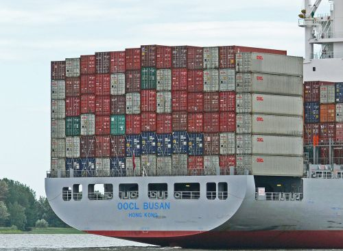 container freighter rear