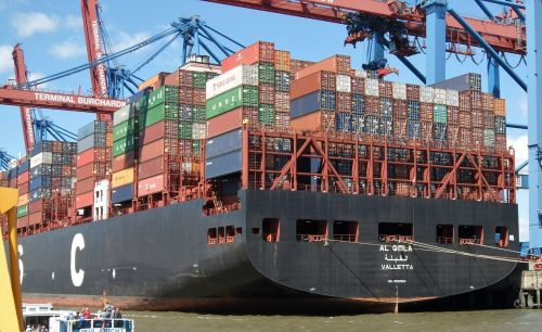 container ship trade in goods container handling
