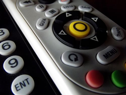 remote control controls tv