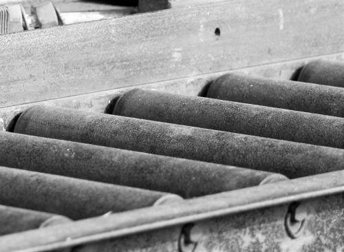 conveyor belt rust old