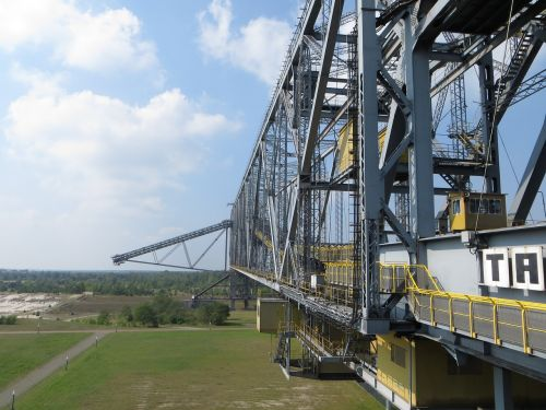 conveyor bridge boom steel structure