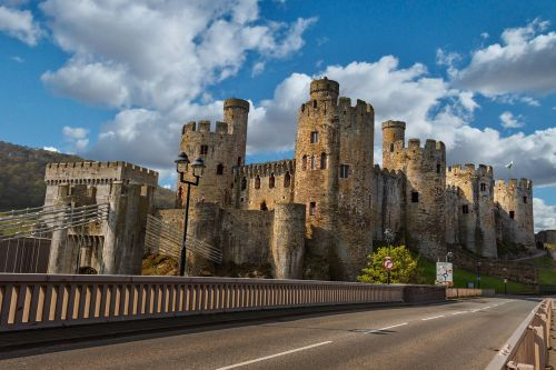 conway castle llundudno wales