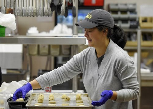cookies chocolate chip making