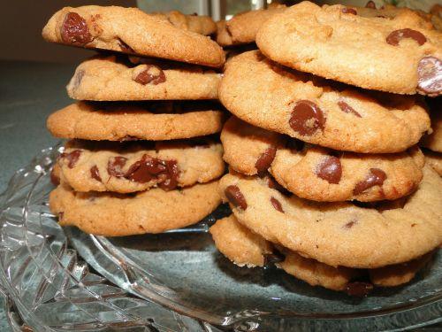 cookies chocolate chip food