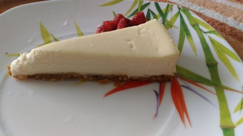 cooking cheesecake plate