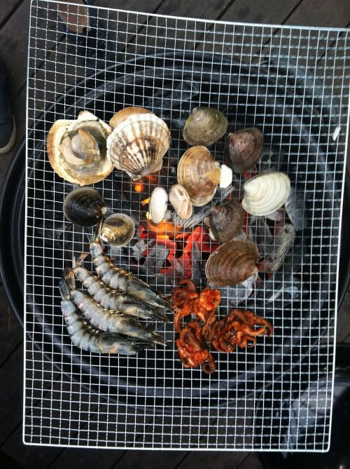 cooking seafood grilled