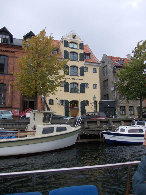 copenhagen channel boats