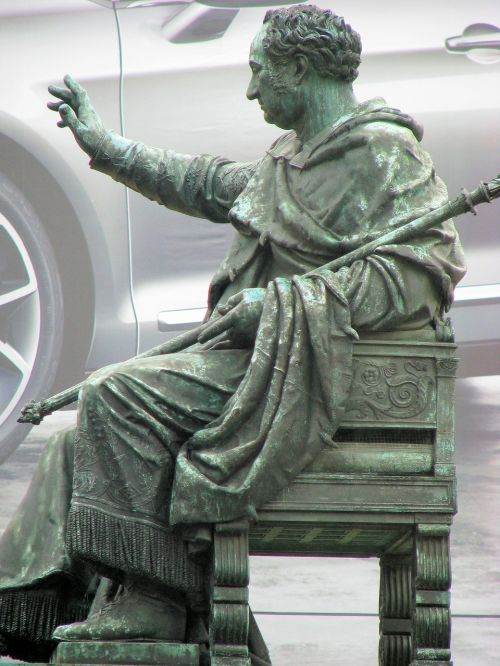 copper statue scepter emperor