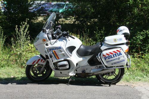 cops crews motorcycle